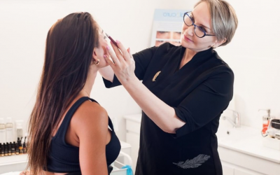 Microblading, Powder, Ombre — What Does Brows Cosmetic Tattooing Procedure Look Like?